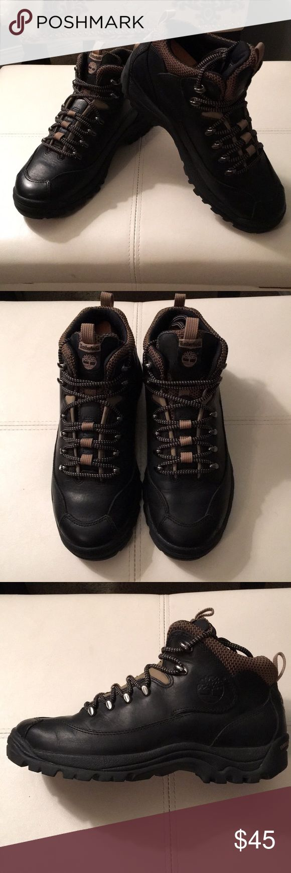Timberland Chukka Mid Hiker While I can't say with 100% certainty that this has never been worn I can say it looks almost new / mint condition.  Great hiker with speed lace. Timberland Shoes Chukka Boots