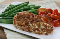 Ranch-O Bacon Chicken    PER SERVING (entire recipe): 186 calories, 3g fat, 429mg sodium, 1g carbs, 0g fiber, 0.5g sugars, 35g protein -- PointsPlus® value 4*  												 													 												 				                             				                            PER SERVING (...