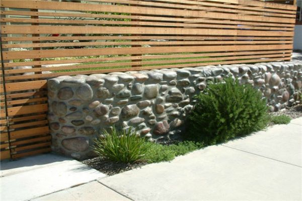 Five stunning garden walls made of natural rock - Green Diary - Green Revolution Guide by Dr Prem
