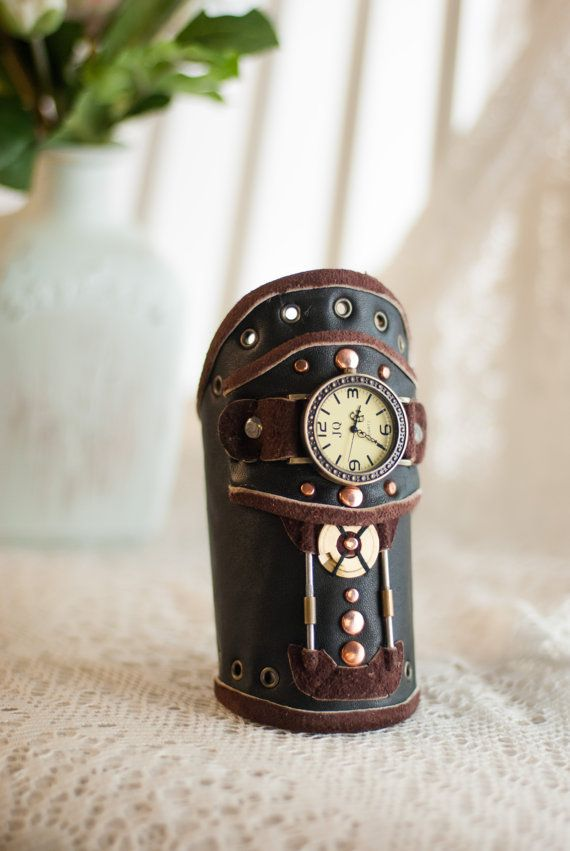 Steampunk wrist watch, steampunk female watch, steampunk male watch, steampunk bracelet, steampunk, gear, craft, handmade, mechanic, industrial
