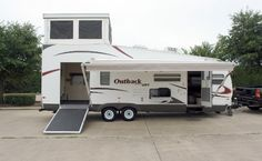 Outback Loft For Sale | RLB Auto Group - 2009 Keystone Outback 27L Travel Trailer Toy Hauler ...