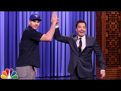 Watch: Blue Jays' Biagini finally gets high-five from Fallon