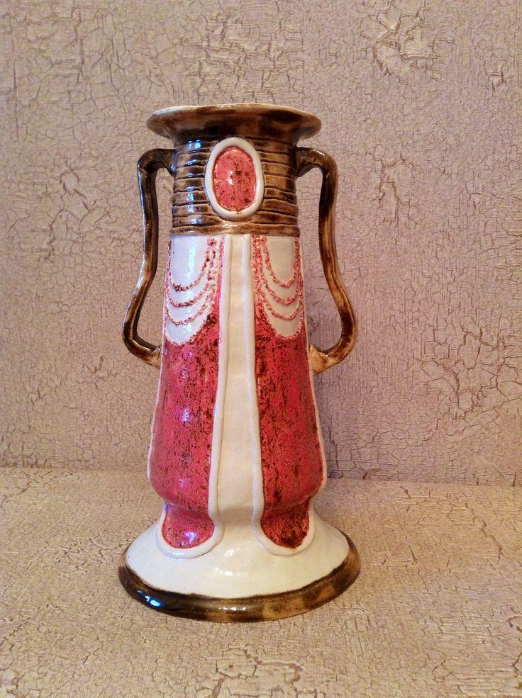 ##artnouveau #ceramics #IrinaPirogova #prostyeludi vase by Irina Pirogova