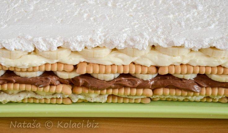 Vynikajúci dezert bez pečenia, ktorý pripravíte skutočne jednoducho. Podľa potreby môžete upraviť pomer surovín na polovicu, u nás doma je však táto dobrota taká vyhlásená, že ju pripravujem rovno na veľkom plechu! :-)