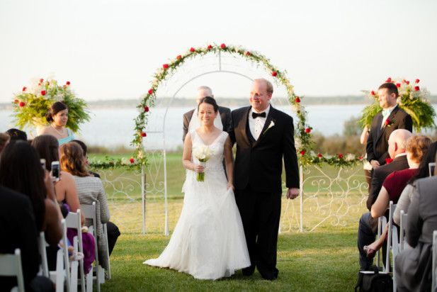 Cambridge Wedding at Hyatt Regency Chesapeake Bay, MD (Photo by Vness Photography)