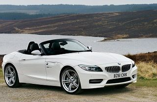 Dubai Luxury Car Rental Audi, Bentley, BMW, Ferrari and Lamborghini