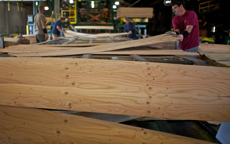 Boise Cascade is on strong footing to cash in as new-home starts gain strength. For now, it's making lots of money on higher plywood prices and wood veneer.