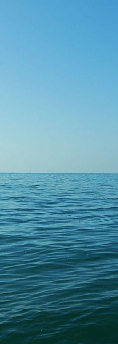 Hint Okyanusu, toplamda 115 adadan oluşan Seyşeller, bembeyaz sahilleri boyunca yürüyüş ve keşif yapmak için idealdir. Hint Okyanusu'nun sahillerinde kendinizi kaybedip yeniden bulacağınız Seyşeller doğayı sizinle bütünleştirecek ve sonlandırmak istemeyeceğiniz bir balayı sunacaktır. #Maximiles