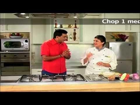 Jhaal Muri (Spicy Puffed Rice) - YouTube