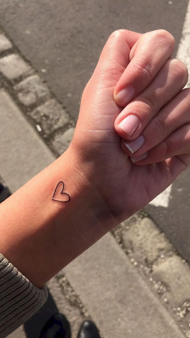66 Minimalist Tattoos Ideas for Every Girl