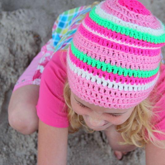 gestreifte Häkelmütze - striped crochet bonnet