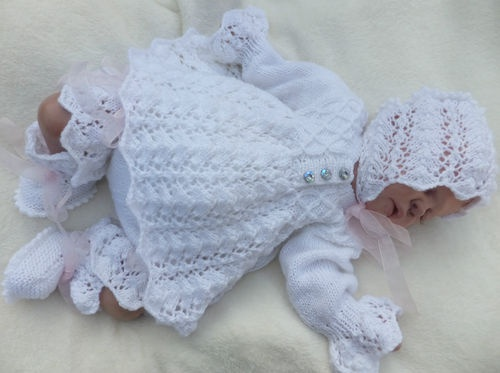 KNITTING PATTERN TO MAKE C*L*O*V*E*R 4 PIECE MATINEE SET FOR BABY OR REBORN DOLL | eBay