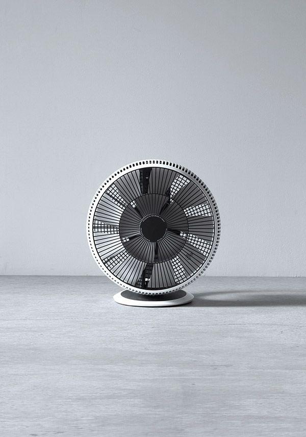 BALMUDA GreenFan Cirq | 空気を循環させると室温のムラを解消します。夏場、エアコンの設定温度を上げても、いままで以上に快適になります。