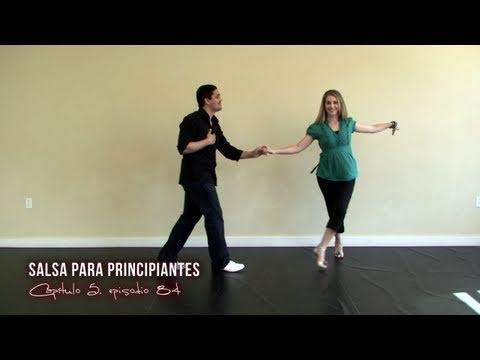 """Pasos para aprender salsa. Para más videos de salsa, vayan a http://addicted2salsa.com/videos/es/ . Este video de salsa les enseñara como bailar los pasos de salsa en estilo de línea cual es conocido como estilo de salsa de """"Nueva York"""" or estilo de salsa de """"Puerto Rico"""". Hay dos maneras de contar el rítmo. El de """"en 1"""" cual es conocido como """"L..."""