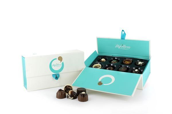 Keepsake Ballotin Box, 16 Chocolates available at LilyOBriens.ie