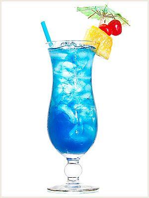 коктейль Голубые Гавайи