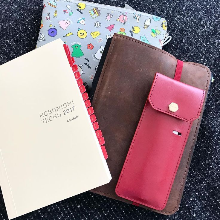 Just starting to get ready for 2017 in my #hobonichicousin #hobonichi2017 and my #roterfadentaschenbegleiter #roterfaden coz my order from @fallindesign arrived #plannerphile