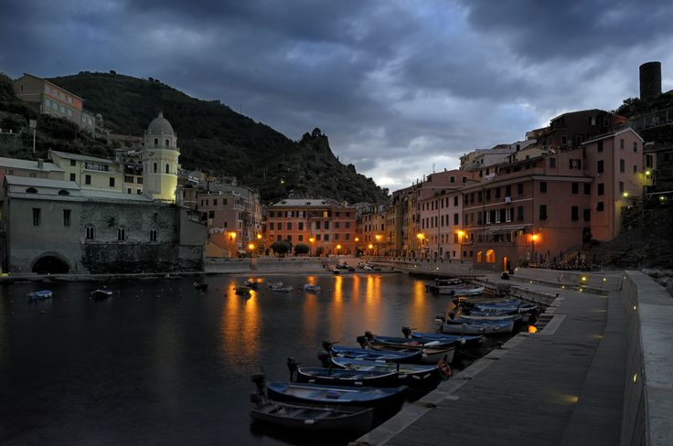 Special offer for autumn lovers: free extra night to enjoy #CinqueTerre #ttot