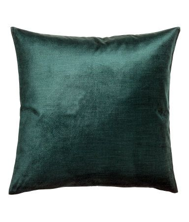 Dark green. Cushion cover in cotton-blend velvet. Concealed zip.