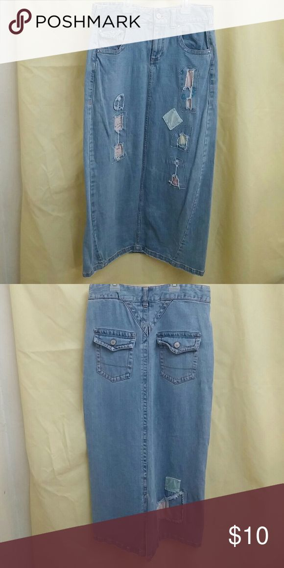 Super cute girls long Jean skirt w/patches sz 14 Super cute girls long Jean skirt w/patches sz 14 Great condition Mary Kate & Ashley Bottoms Skirts