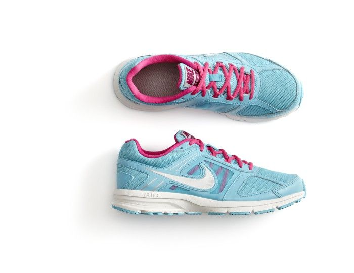 women's Nike relentless athletic shoes