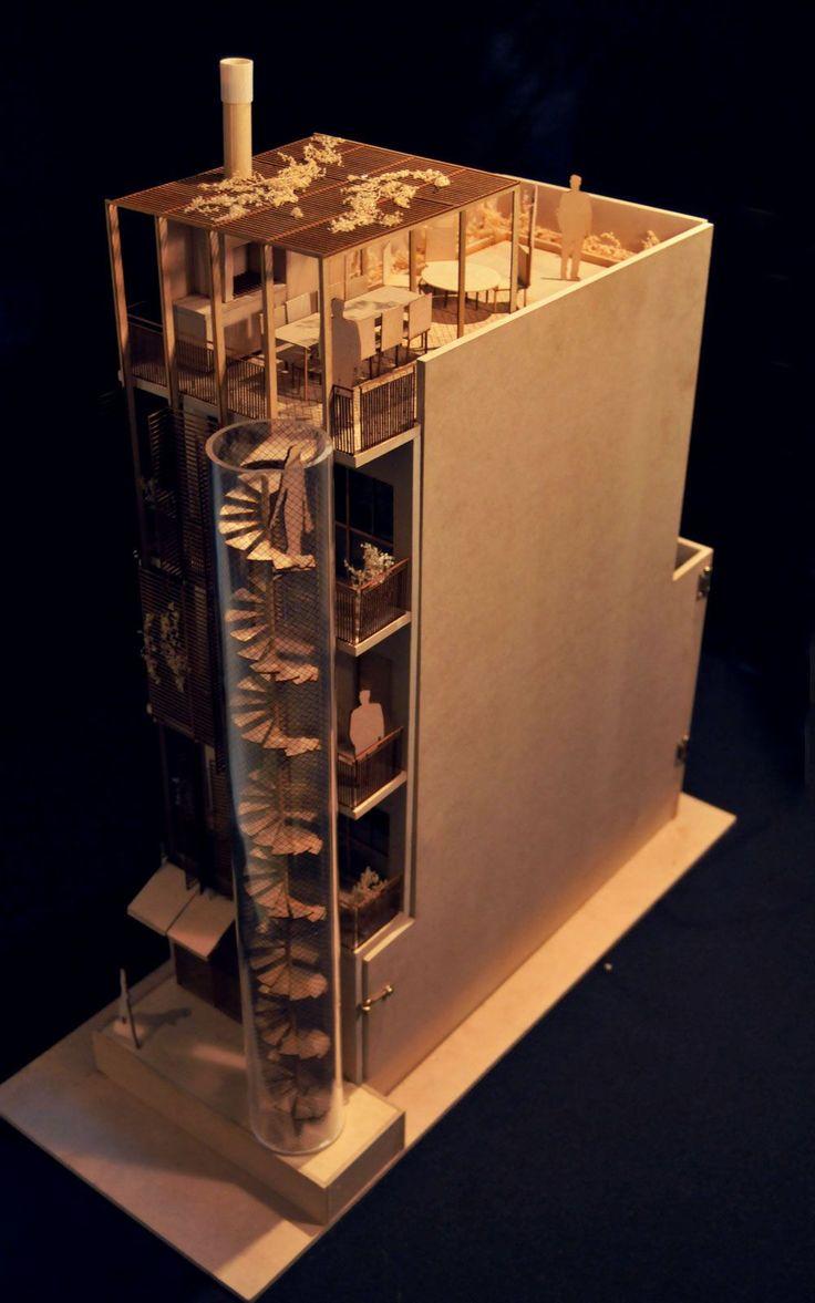 Maqueta técnica monocromática realizada con cortes laser y terminaciones artesanales. Uno de sus laterales se abre para dejar ver las divisiones interiores del proyecto. Más información en www.maquetasmsh.com
