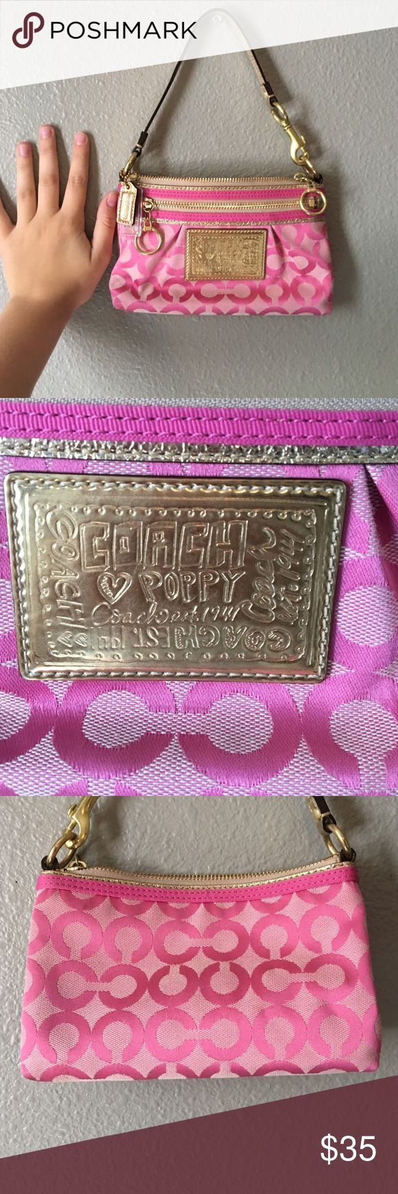 Small Pink Coach Purse Really cute purse, got it when I was like 10 so it does have some small lipstick stains on the inside but other then that it's in very good shape, good purse for younger girls or just for a downsize, 100% authentic Coach Bags Satchels