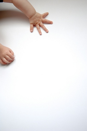Love all the negative space! And the little human hands are adorbs.