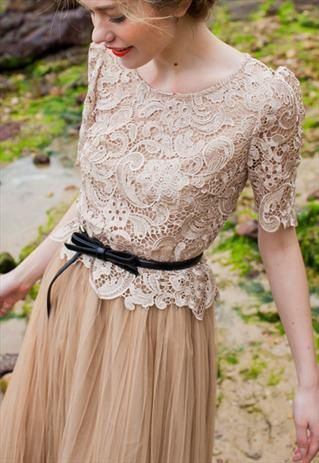 TRUE BRAND SHORT SLEEVES NUDE LACE TULLE DRESS- EXPRESS