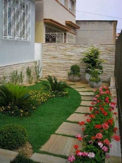17 best jardines de casas peque as images on pinterest for Jardines pequenos esquineros