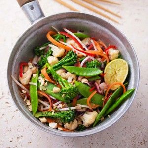 the sirtfood diet asian king prawn stir-fry with buckwheat noodles