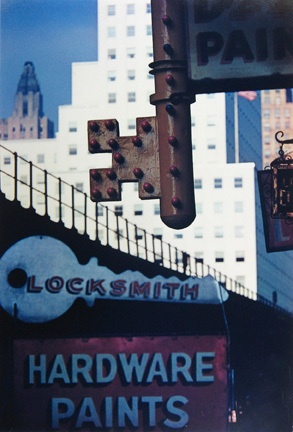 Locksmith's Sign, NYC, 1952 © Ernst Haas