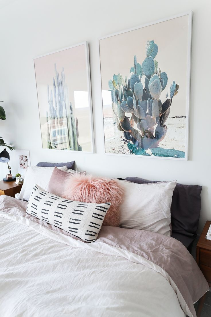 Hi guys! Today's post is going to be all about my bedroom! I have decorated my bedroom 5 million times since I moved in and this is my latest decor…