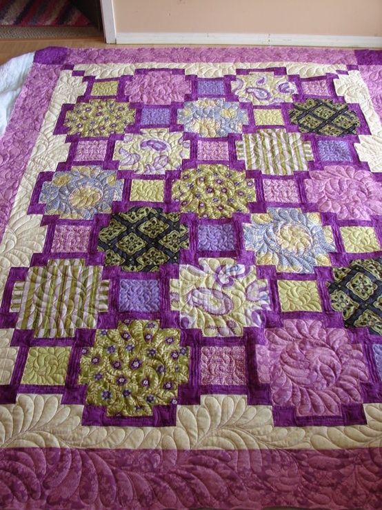 Tisha's Focus Pocus, quilted by Charisma by alexandria