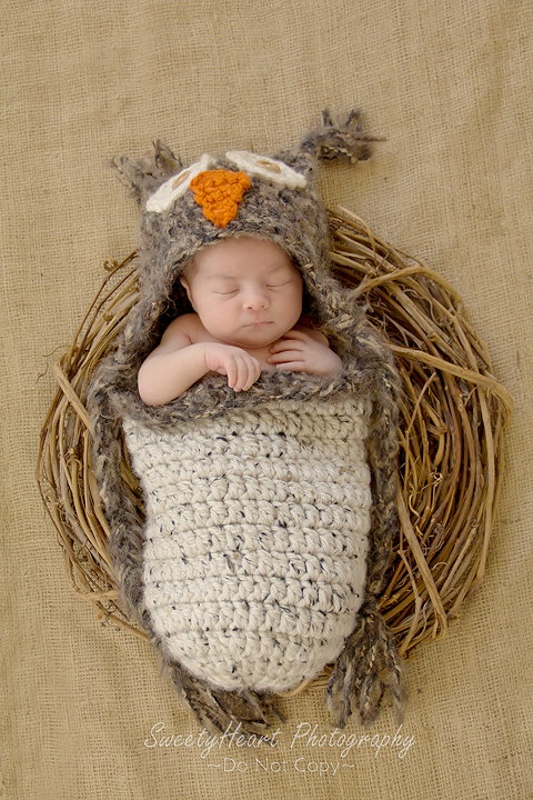 Crochet owl hat and matching cocoon pod so cute for charlies newborn pic