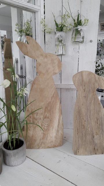 Schöner Hase aus Holz Osterdeko kleines schwedenhaus Türdeko Frühling Holzhase