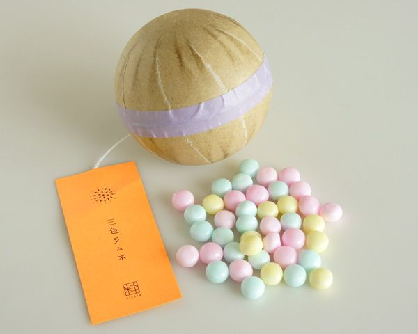 fireworks shell shaped japanese candy 花火玉ラムネ