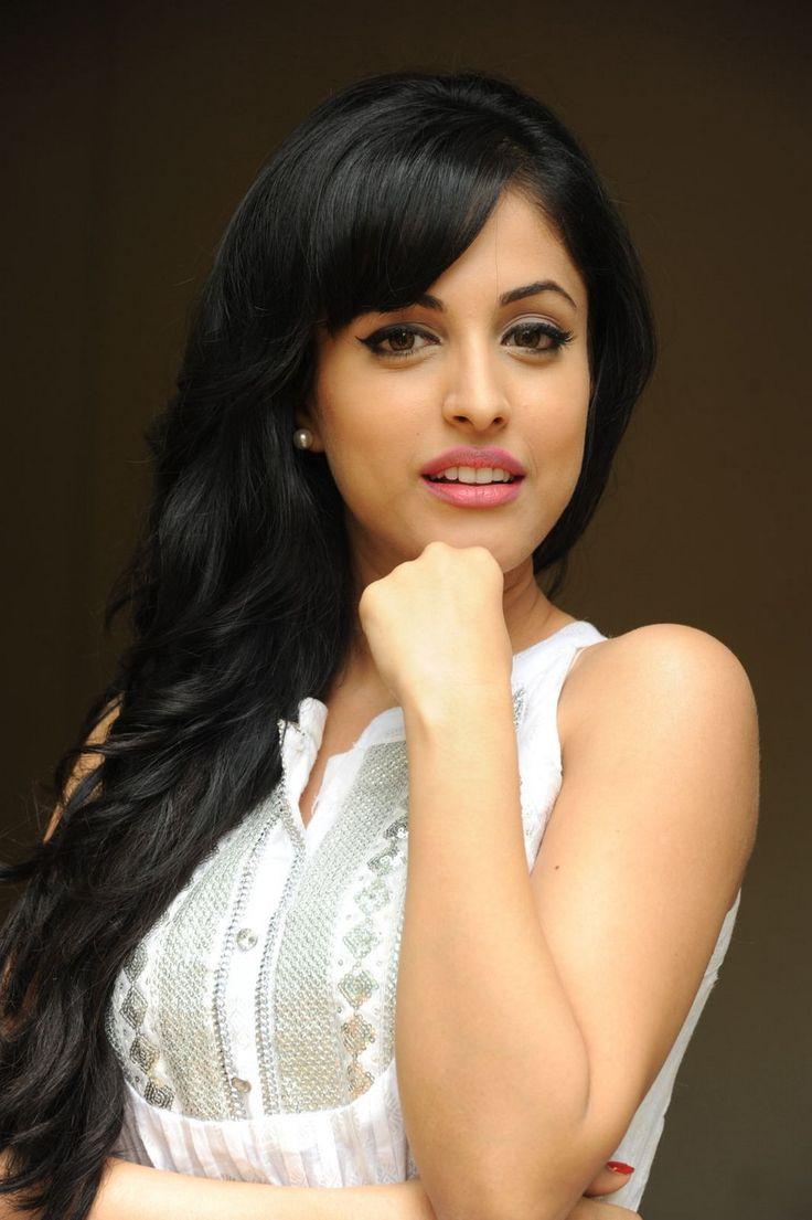 Priya Banerjee Age, Height, Weight, Affairs, Figure, Measurements Facts