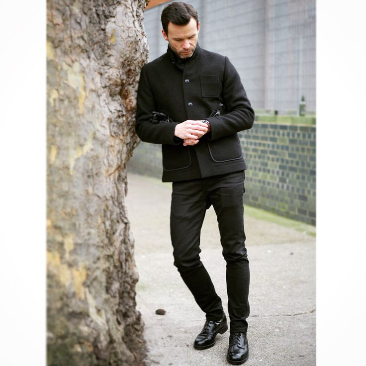 #folkclothing #folk folk coat all black outfit with skinny levis 510 jeans and sanders boots