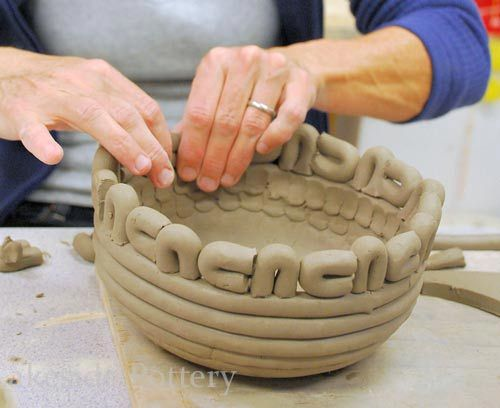 making decorative coiled pot http://www.lakesidepottery.com/Pages/Pictures/Handbuilding-projects-ideas-pictures.html