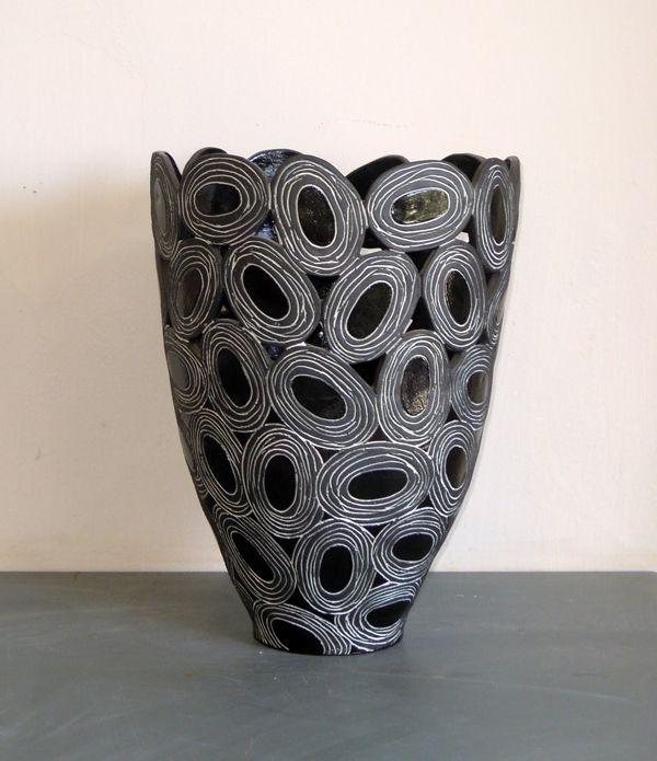 Black and white ovals vase