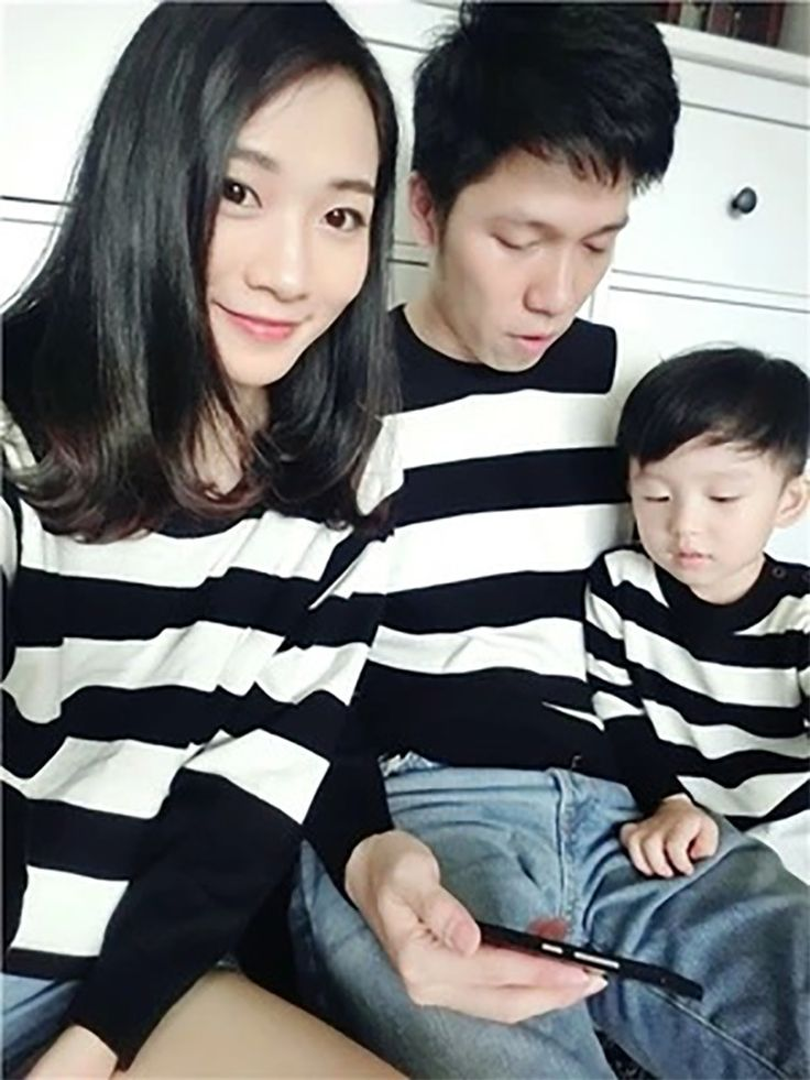 Mother and Daughter Clothes striped Sweaters Family Matching Outfits Sweaters for Mom and Kids Fashion Cardigan Sweaters