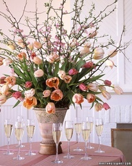 Beautiful centerpiece for a spring wedding