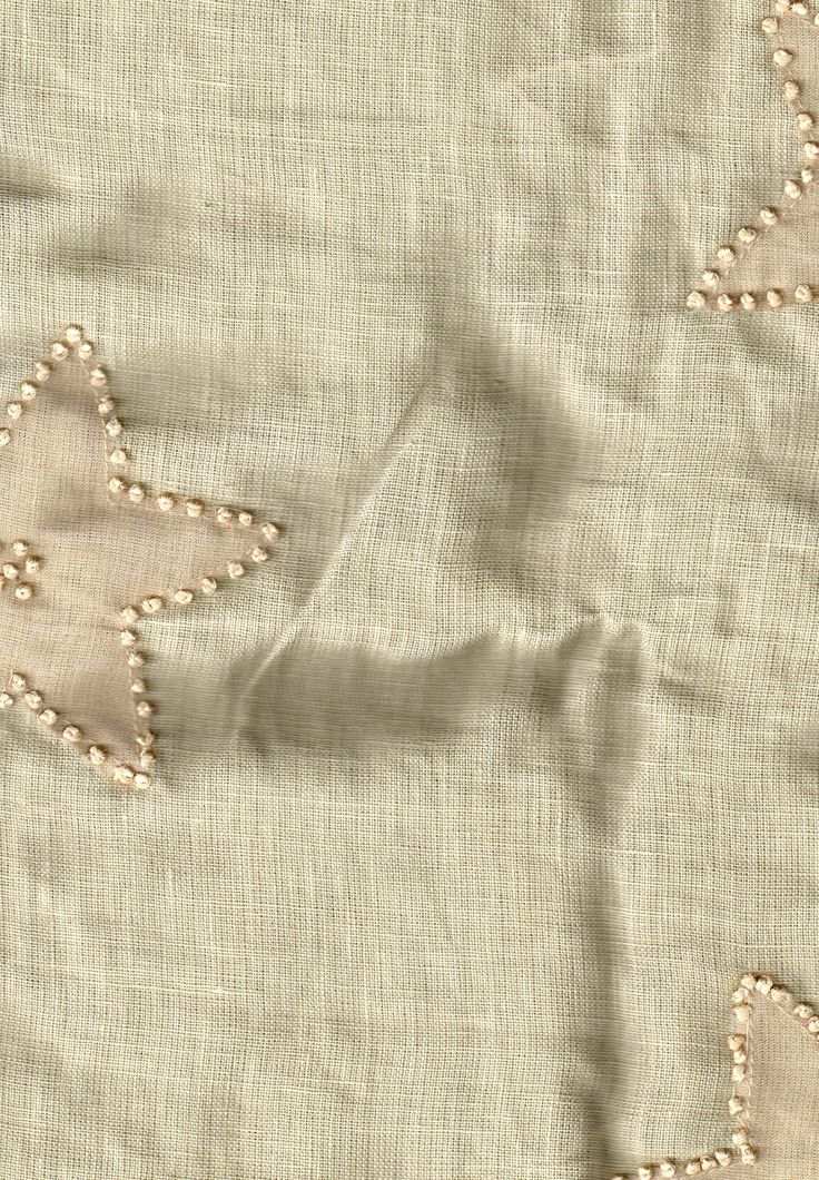 BIN 5 Linen with organza & French knot embellishment, 0.90 m x 117 cm, greenish beige