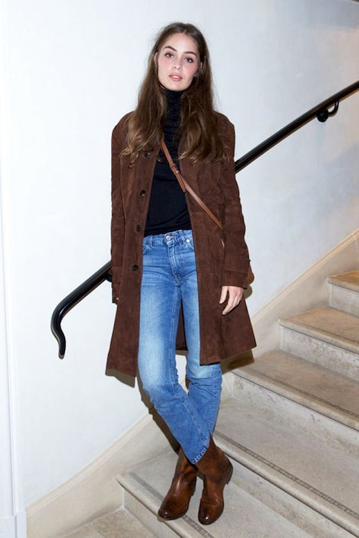 How To Style A Brown Suede Coat (Le Fashion)