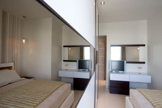 Un apartament uimitor cu trei camere din Atena, Grecia- Inspiratie in amenajarea casei - www.povesteacasei.ro