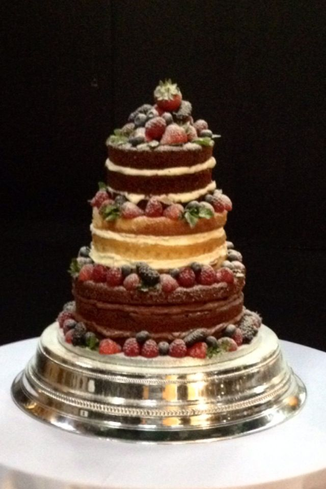 3 Tier Wedding Cake With Berrieint Leaves Red Velvet Vanilla And