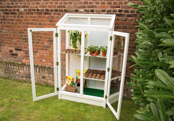 12 besten mini greenhouse diy step by step bilder auf pinterest mini gew chshaus balkon. Black Bedroom Furniture Sets. Home Design Ideas