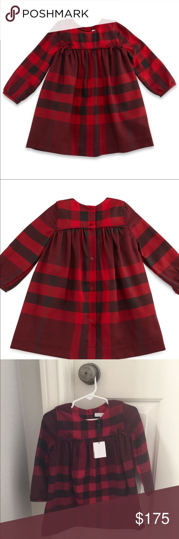 Burberry Children's dress Burgundy Thea checked dress is festive, brand-new and ideal for the holiday season. Perfect for Santa and/or family pictures, Christmas parties and works for the rest of the year, too. Sophisticated and sweet. Smocked empire waist with bow detail and button-up back. Burberry Dresses Formal