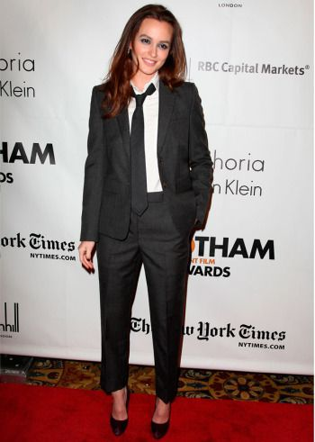 Leighton Meester in Thom Browne, Independent Film Awards 2010 #fashion #redcarpet #leightonmeester #suit
